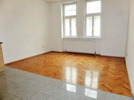 Sonnige 68m² Altbau-Hauptmiete mit Einbauküche in Ruhelage - 1150 Wien