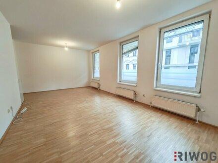++ NEU ++ Charmante Single- und Studentenwohnung nahe Arenbergpark - Einbauküche - Abstellraum