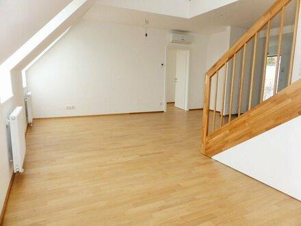 Erstbezug: 95m² DG-Ausbau + 14m² Terrasse mit Einbauküche - 1090 Wien