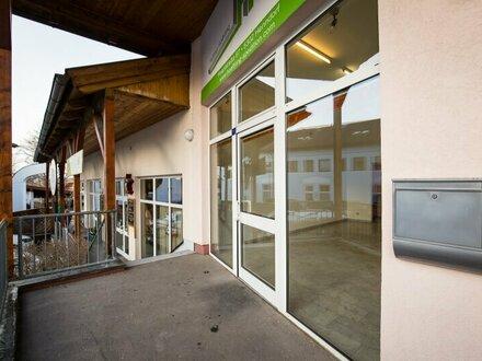 PROVISIONSFREI - Geschäftslokal / Büro im Zentrum von Henndorf