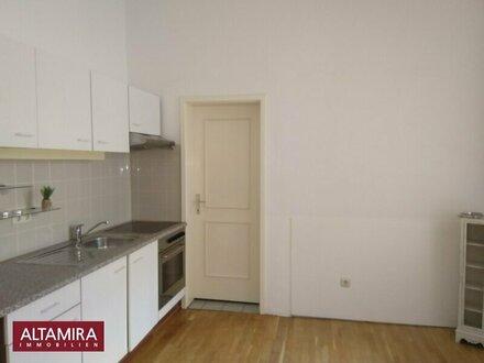 Ein bisschen anders wohnen! Wohnung mit Minibalkon für Individualisten, gleich bei der Meidlinger Hauptstraße