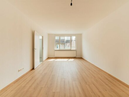GUT aufgeteilte 3-Zimmer Wohnung ZU VERKAUFEN! Garagenstellplätz im Haus!