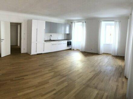 Inmitten der Altstadt von Salzburg - 4-Zimmer-Wohnung in stattl. Bürgerhaus