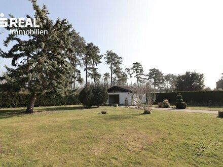 2230 Gänserndorf Süd, großzügiges Grundstück in ruhiger Lage mit kleinem Haus und Garage, Verkauf im neuen digitalen An…