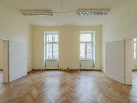 ++NEU** 5-Zimmer Altbauwohnung, tolle Aufteilung, viel Potenzial!