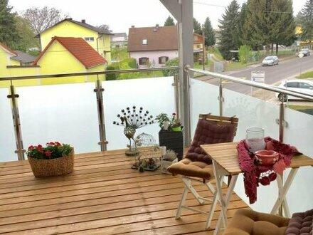 Attraktive 3-Zimmer Mietwohnung - Highlights: großerBalkon und Schlafzimmer mit ensuite Schrankraum