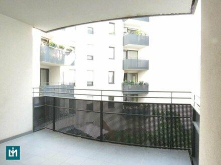 Wunderschöne, ruhige 3 Zi. Terrassenwohnung in Top-Wohngegend von Neubau
