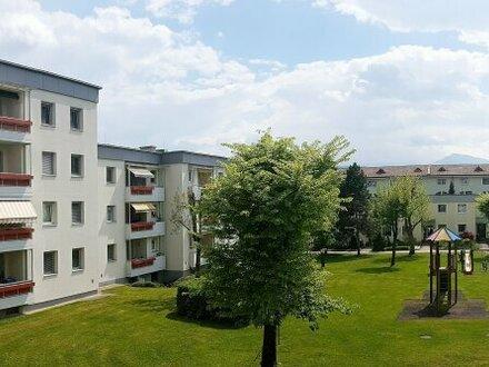 Familienfreundliche 4 - Zimmer Wohnung in Welzenegg