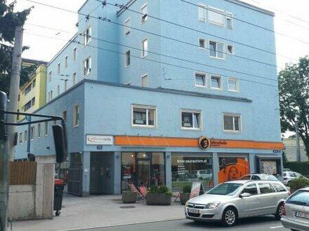 Generalsanierte 5-Zimmer-Wohnung nähe Bahnhof und Salzach - ideal für Studenten