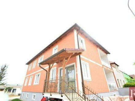 Zweifamilienhaus auf sonnigem Grund mit Hobbygärtnerei