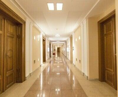 Büro mit 4 Zimmern in der Börse zu vermieten!