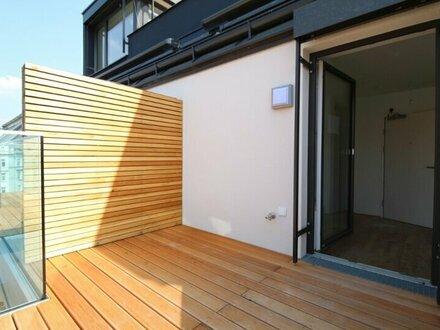 Klimatisiertes Dachgeschosstraum mit Balkon!