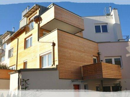 Lichtdurchflutete, bezaubernde 2-Zimmer Dach Wohnung - ERSTBEZUG! PROVISIONSFREI !