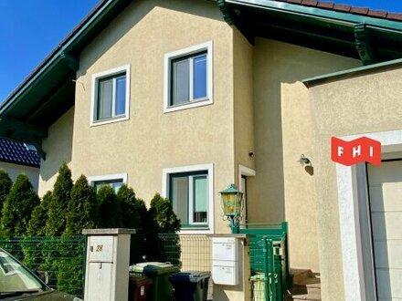 Renovierte DG-Wohnung mit Balkon!