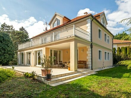 ++PREISREDUKTION++ Herrschaftliche Villa in absoluter BESTLAGE mit uneinsehbarer Gartenanlage! Beratung auch in Russisch!