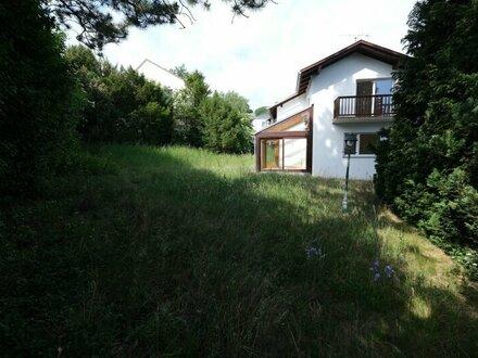 Klosterneuburg VILLENLAGE Einfamilienhaus auf 3 Etagen 192 m² NFL / 666 m² Grund - Zubau mit mind.120 m² möglich
