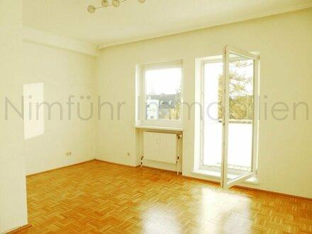 Gemütliche 3-Zimmer-Wohnung / Nähe Josef-Mayburgerkai