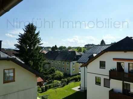 Großzügige, sonnige 3-Zimmer-Dachgeschoß-Wohnung in Obertrum