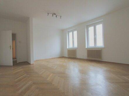 Ruhige Innenstadt-Lage! Hofseitige 3-Zimmer-Wohnung mit Balkon