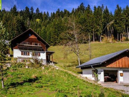 """""""Sacherl"""" - Wohnhaus mit Nebengebäuden in Gosau"""