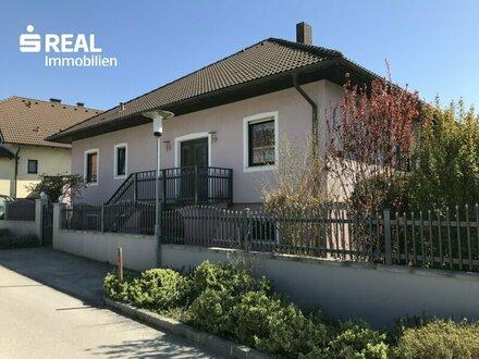 Gepflegtes Einfamilienhaus in ruhiger Siedlungslage!