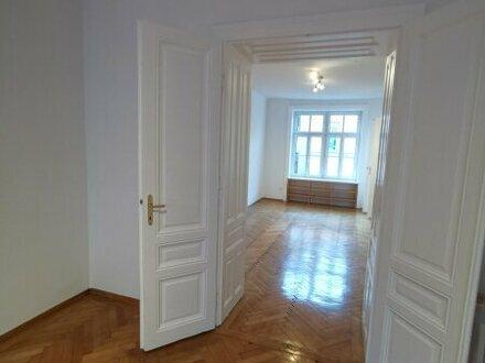 Volksoper - zentral gelegene Altbauwohnung - wunderschön renoviert