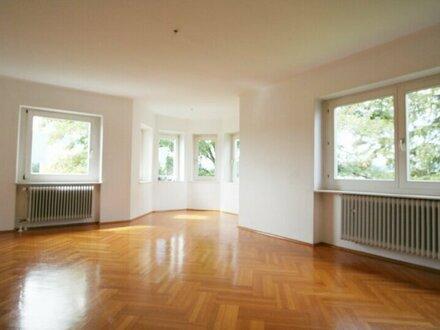 Sonnige 4-Zimmer- Dachgeschoßwohnung im Stadtteil Maxglan