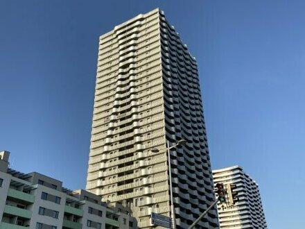 Traumblick aus dem 27ten Stock über Wien mit ca. 10,5 m² Westloggia