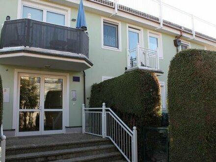 Exklusive 2-Zimmer-Wohnung mit Balkon und TG-Abstellplatz an der Salzach zu vermieten
