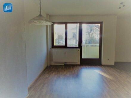 Gemütliche 2-Zimmerwohnung mit Balkon und Gartenbenutzúng!