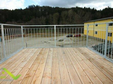 Starterwohnung oder Anlageobjekt - 4 Wohnungen bis 20m2 mit Balkon, Terrasse und Parkplatz