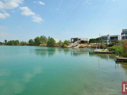 Seepark Thürnthal - Sonniges Baugrundstück mit direktem Seezugang! - auch für Anleger interessant