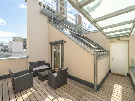 ++NEU++ Fantastische Dachgeschosswohnung, toller Altbau! großzügige Wohnküche!
