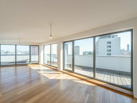 ++den AUGARTEN ums Eck++ Hochwertige 2-Zimmer DG-Wohnung mit Terrasse, auf einer Ebene! //TABOR-SKY//