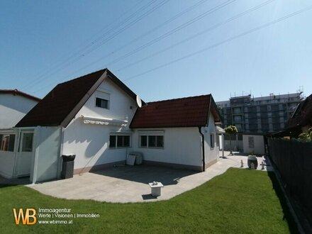 Rarität auf Eigengrund! Modernes Haus mit traumhafter Gartengestaltung in einer ruhigen Kleingartensiedlung!