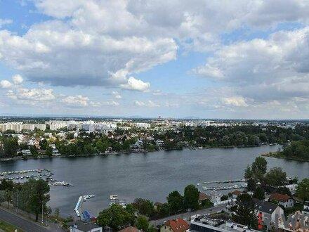 3-Zimmer-Hit mit fantastischem Blick über die Alte Donau für Pärchen und Familien