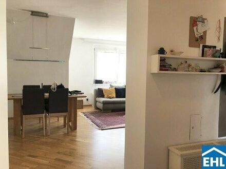 Entzückende Dachgeschoß Wohnung mit Weitblick Nahe Schafberg