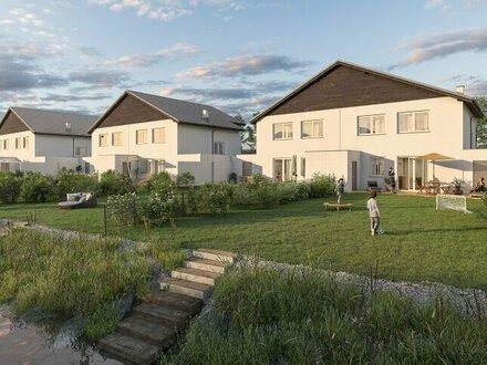 WOHNEN AM SPIEGELWASSER - Moderne Doppelhaushälften mit eigenem Badeteich