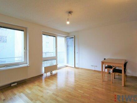 Hofseitige Loggia-Wohnung mit eigenem Garagenplatz - U3 Nähe