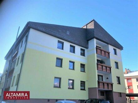 Selzthal ! Preisreduziert! 4 -Zimmer Eigentumswohnung mit Südbalkon und Carport