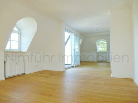 Große, top-renovierte 3-Zimmer-Dachgeschoß-Wohnung - Hallwang / Esch