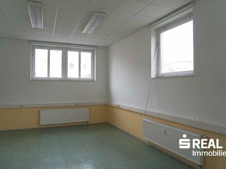 Gewerbefläche/Büros ca. 475 m² in sehr guter Lage direkt im Zentrum zur Miete