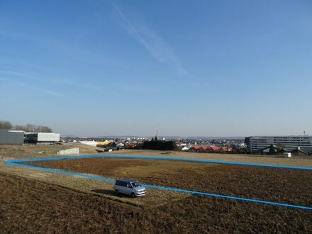 Grundstück mit Planentwurf