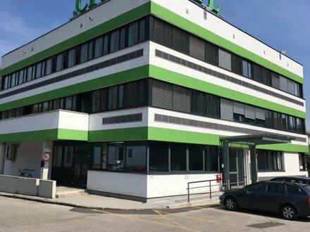 Hallen- und Büroobjekt in Linz Zentrum