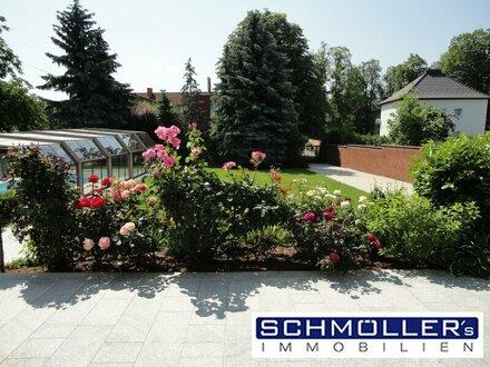 Villenartiges 2-3 Familienhaus mit Pool und großem Grundstück