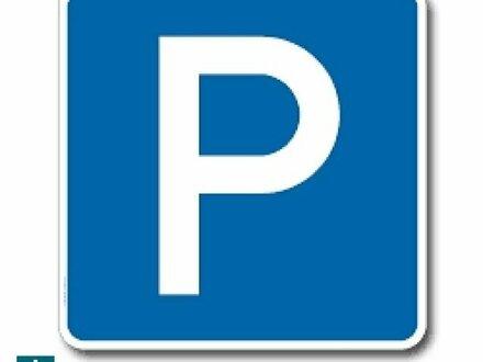 Stellplatz auf Hebebühne (auch für Elektroautos) im generalsanierten Altbau