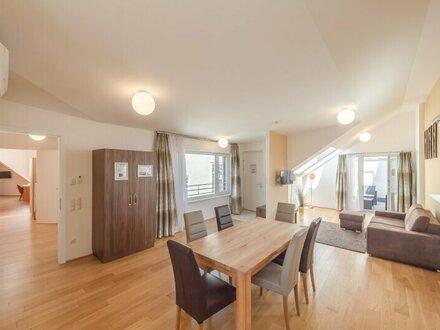 ++NEU++ Hochwertige Dachgeschosswohnung, toller Altbau! großzügige Wohnküche!