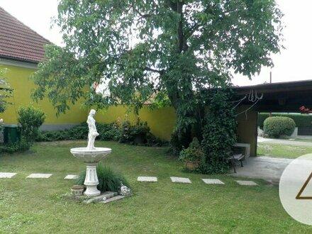 Landhaus in idyllischer Dorflage