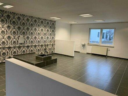 Neu saniertes Büro/Lokal in zentraler Lage von Maria Enzersdorf