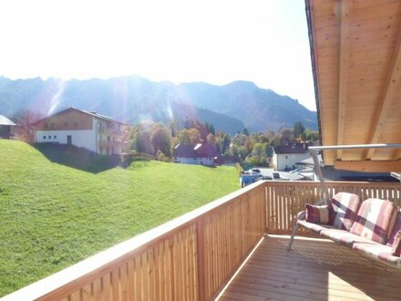 Neuwertige Dachgeschosswohnung in Großgmain!